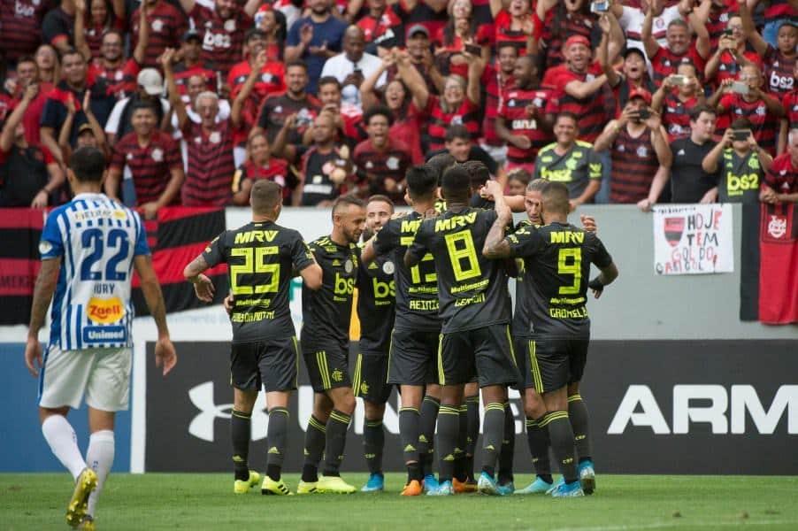 Campeonato Brasileiro: Quem pode parar o Flamengo?